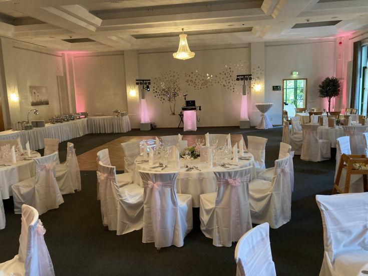 Event Dj Fur Hochzeit Geburtstag Firmenfeier Weihnachtsfeier